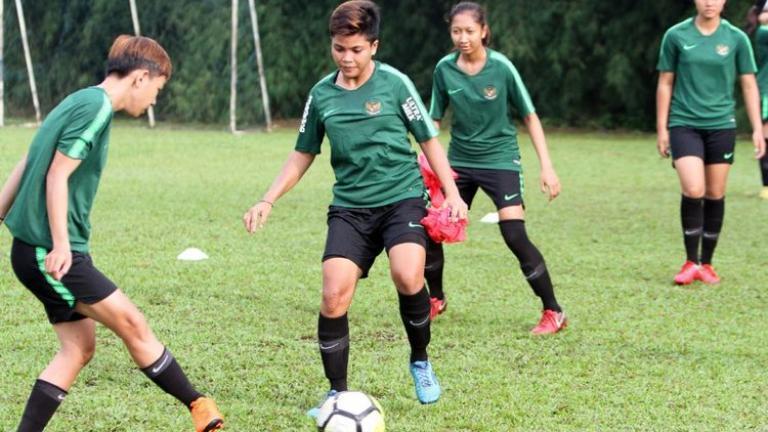 Pra-Olimpiade 2020: Timnas Putri Indonesia Menyerah kepada ...