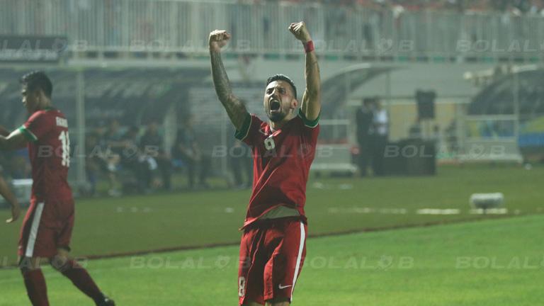 (PIC:Stefano Lilipaly : Jordi Tutuarima Sangat ingin Bermain dengan Timnas Indonesia)