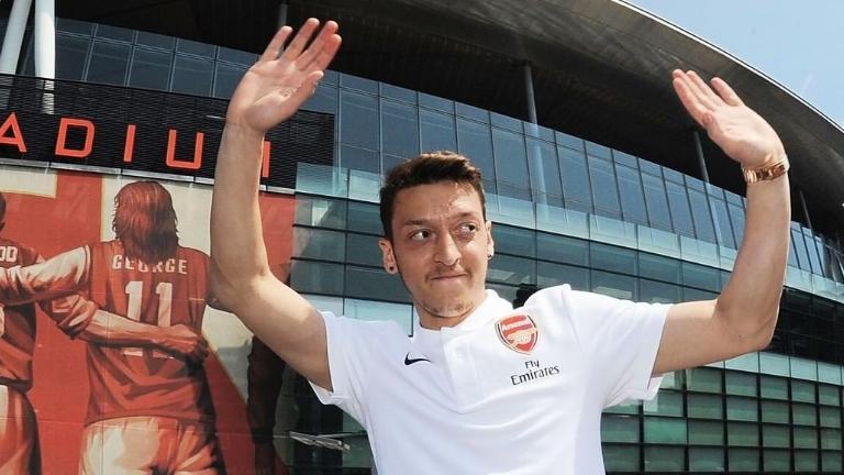 Akhirnya! Arsenal Konfirmasi Lepas Mesut Ozil ke Fenerbahce - Bolalob.com