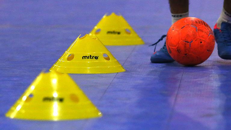 64+ Gambar Perlengkapan Futsal Paling Keren