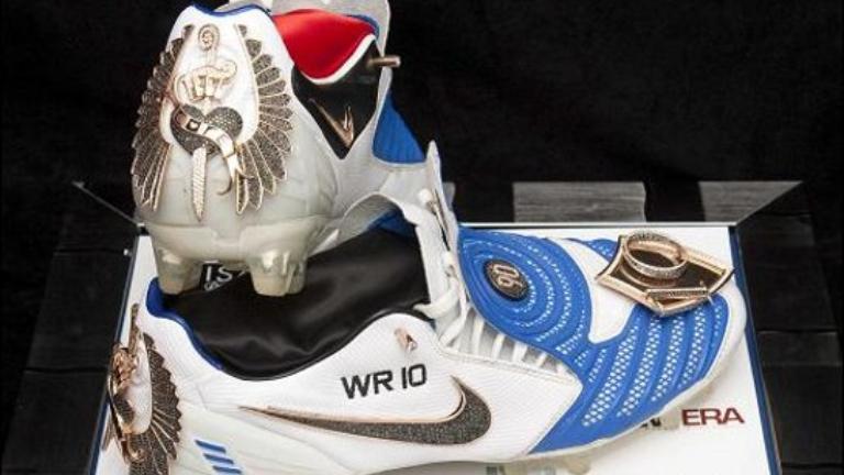 5 Sepatu Sepak Bola Termahal Dunia Nomor 1 Punya Legendaris Mu