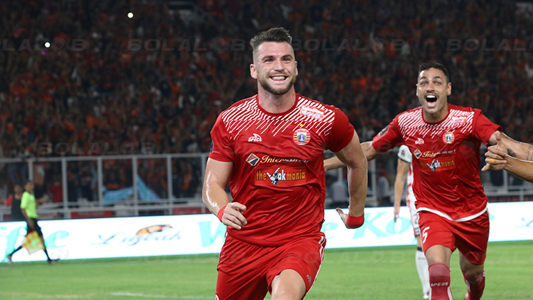 Kalahkan Persela 3-0, Persija Tempel Ketat PSM di Puncak ...