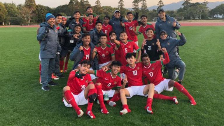 Timnas Indonesia U-16 Kalah dari Malaysia - Bolalob.com