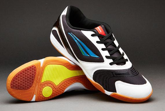 Jadi Anak Futsal 5 Merk Sepatu Futsal Anti Mainstream Bolalob Com